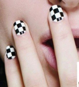Checkerboard nail wraps