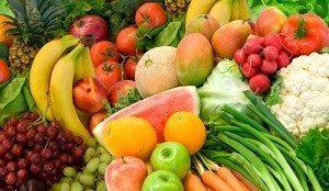 Frukt og grønt inneholder mange av de vitaminene og mineralene du trenger